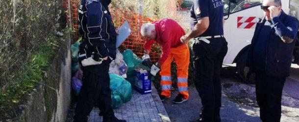 S.Agata Militello: Controlli giornalieri di Polizia ambientale. Ispezione dei sacchetti e sanzioni per i trasgressori